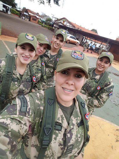 Reservista femenina: En el cuartel aprenden el respeto