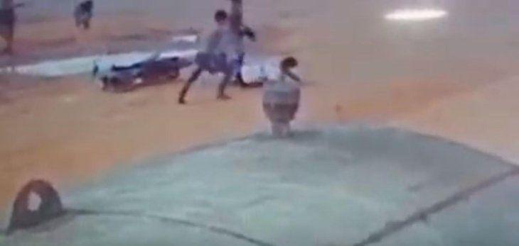 Joven está al borde de la muerte tras brutal golpiza