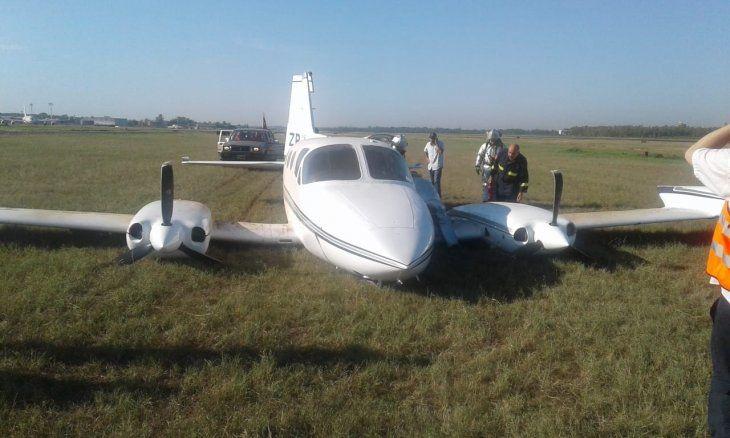 Avioneta tuvo un aterrizaje forzoso en el Silvio Pettirossi [Video]