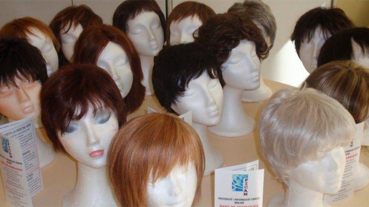 Los compatriotas aseguraron que hacían pelucas.