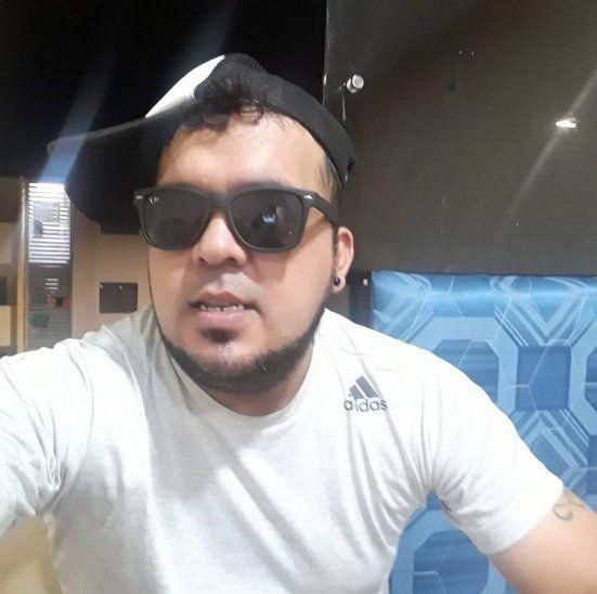 Arnaldo Cáceres devolvió la billetera que encontró en el micro.