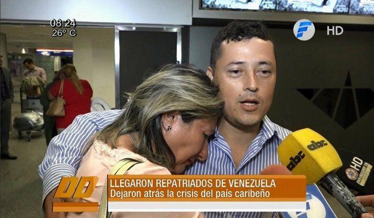 Repatrian a dos paraguayos desde Venezuela