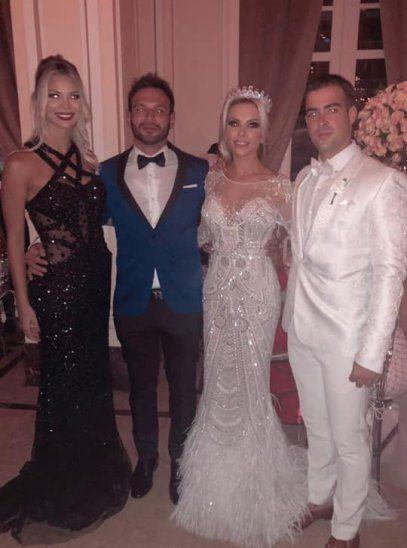 Al casamiento también asistieron algunos famosos
