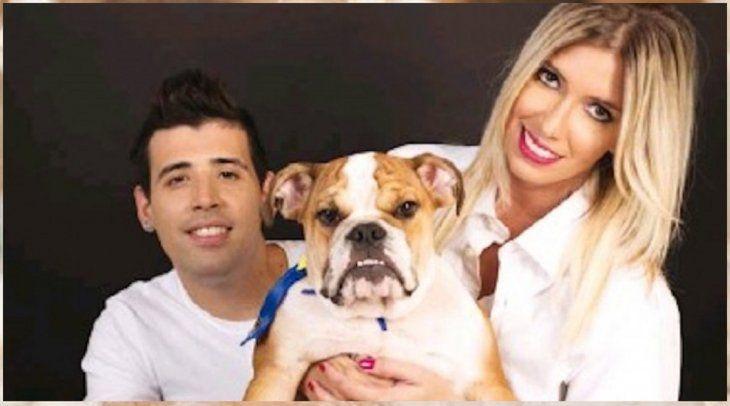 Édgar Camarasa y su hermana Diana dijeron que rescataron al perro que Carmiña supuestamente abandonó.