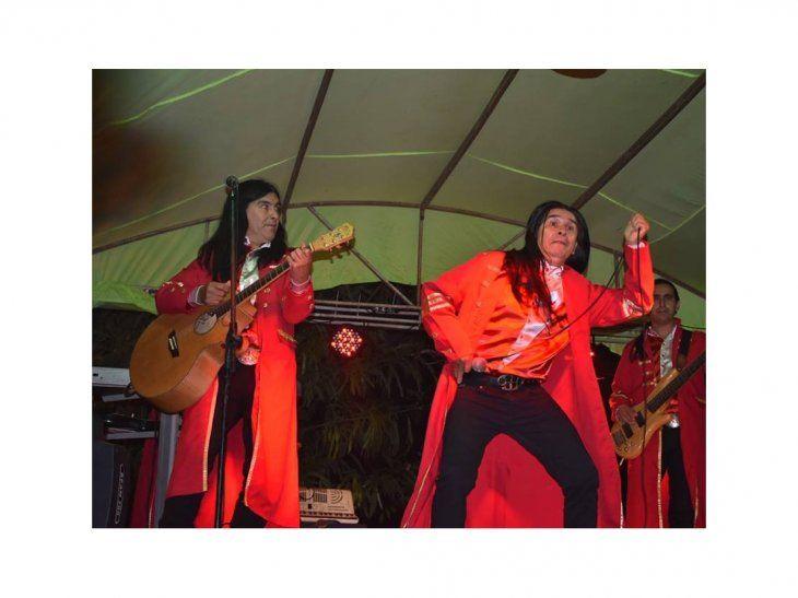 La página de Facebook Punto Límite anunció que The Fenders se presentará en Ciudad del Este.