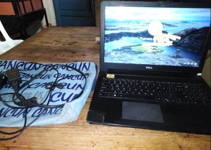 Encontró una notebook en la parada de micro y la devolvió