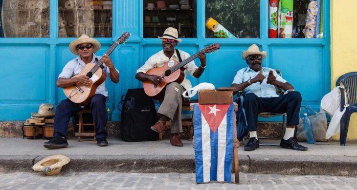 Nada de perreo intenso. En Cuba van a controlar los contenidos de las músicas urbanas.