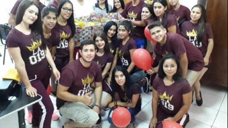Solidaridad en festejo de UPD de secundarios