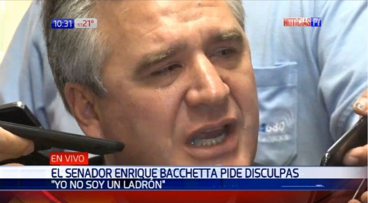 Enrique Bacchetta lloró y pidió disculpas por sus declaraciones
