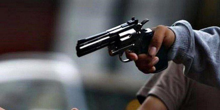 Amenazaron a los presentes con un arma de fuego (Foto ilustrativa de diariopuntual.com).