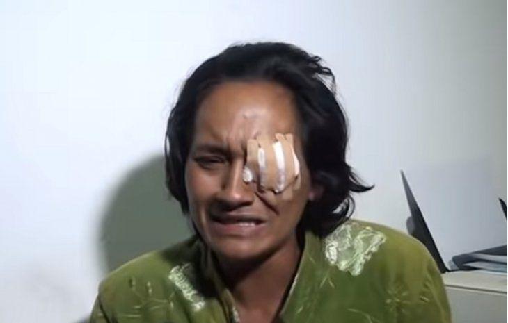 Marta Alfonso teme perder el ojo izquierdo; llorando