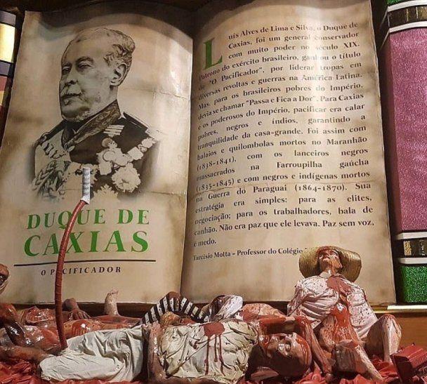 Texto de la carroza que le bajaba la caña al personaje histórico favorito del presidente Bolsonaro. Foto: Reproducción/Fabián Chamorro@fact78