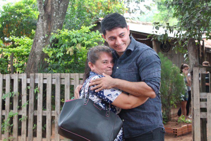 ANSIADO DÍA: Encontrar a mi mamá es mi mejor regalo de bodas