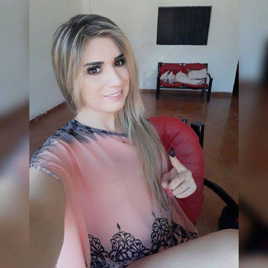 Modelo trans quiere ser concejal de Coronel Oviedo