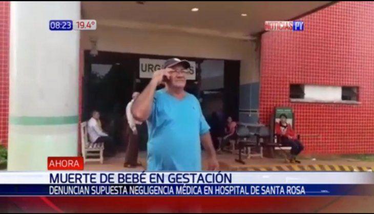 José Sanabria papá de la criatura lamentó la carencia que existe en los hospitales del interior.
