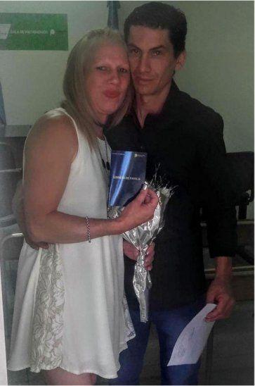 Leonor Elizabeth alzó en su Facebook fotos de su reciente boda con Héctor Eduardo