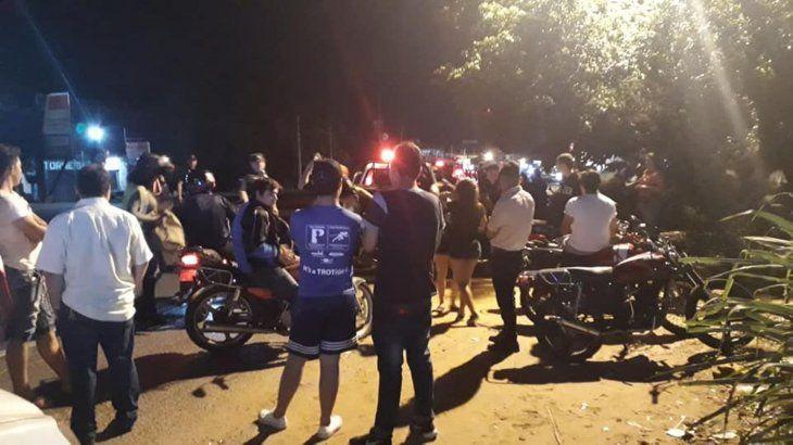 Policía  frena carrera clandé de los rápidos y furiosos