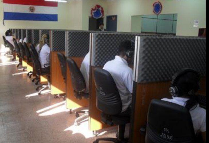 El call center de IPS cuenta con 130 personales que rotan para los diferentes turnos.