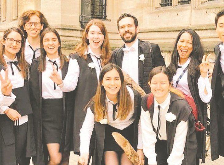 Soledad Núñez contó que en su universidad debe usar una ropa especial para dar exámenes.