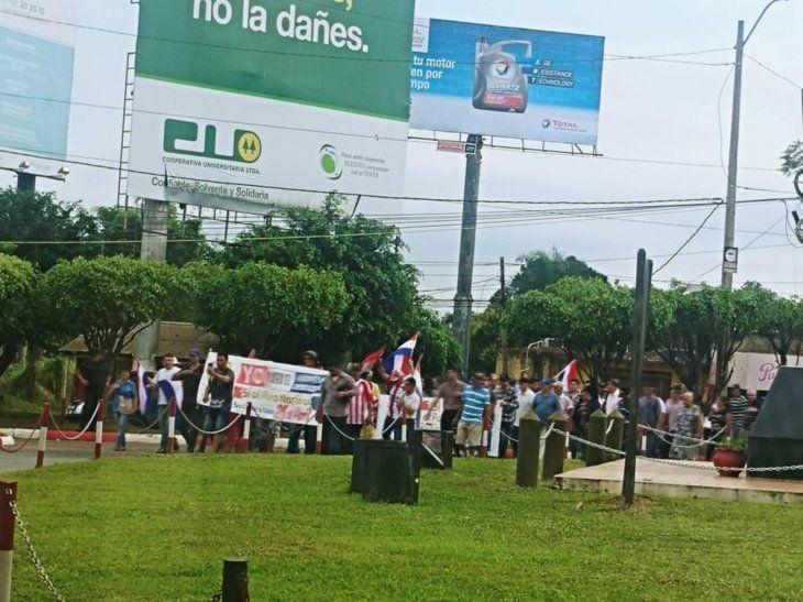 En varias ciudades del interior se movilizan por el desbloqueo de listas sábana