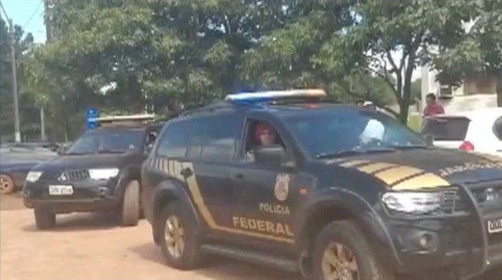 La Policía Federal brasileña vino a llevar a sus compatriotas.