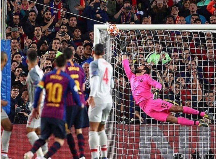 La joya de Messi para el 3-0 fue una obra de arte: Foto:@gabrielrufian