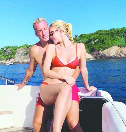 Maxi López olvidó su relación con la modelo Wanda Nara y conquistó a otra cuerona. Imagen: Twitter