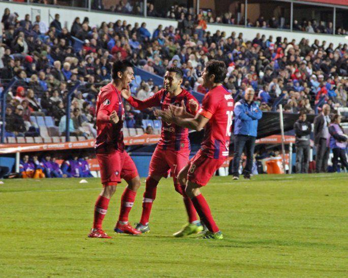El Ciclón empató con gol de Santiago Arzamendia.