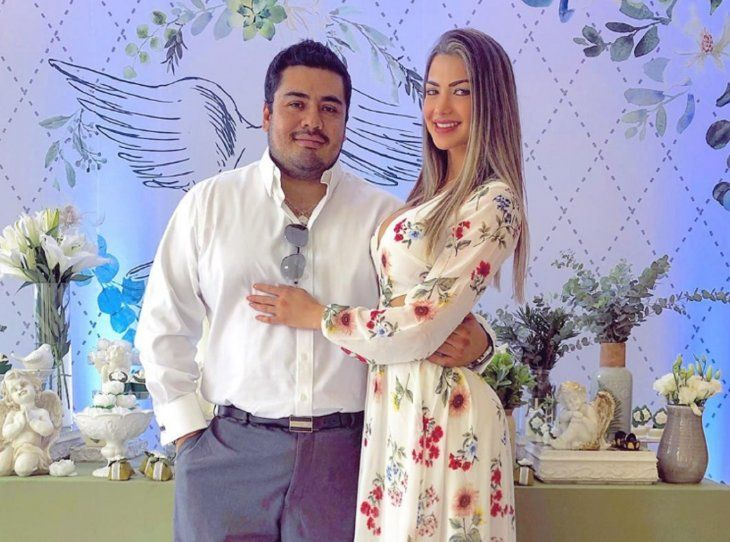 El empresario boliviano Danilo Saavedra y la modelo Lili López presumen su amor en las redes. La farandulera desactivó los comentarios para que no le bajen la caña.