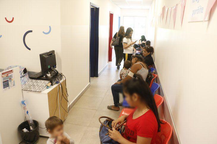 Masiva concurrencia en el primer día de colocación de anticonceptivos subcutáneos