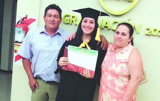 La árbitra que pisa fuerte en Itapúa