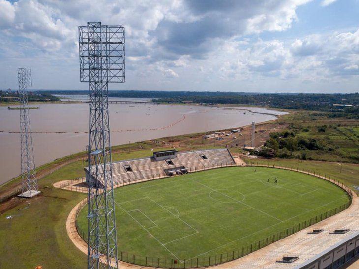 El coqueto estadio construido frente al subembalse del Arroyo Santa María quiere abrir el telón con la Albirró en su gramado. Imagen: 1080 AM