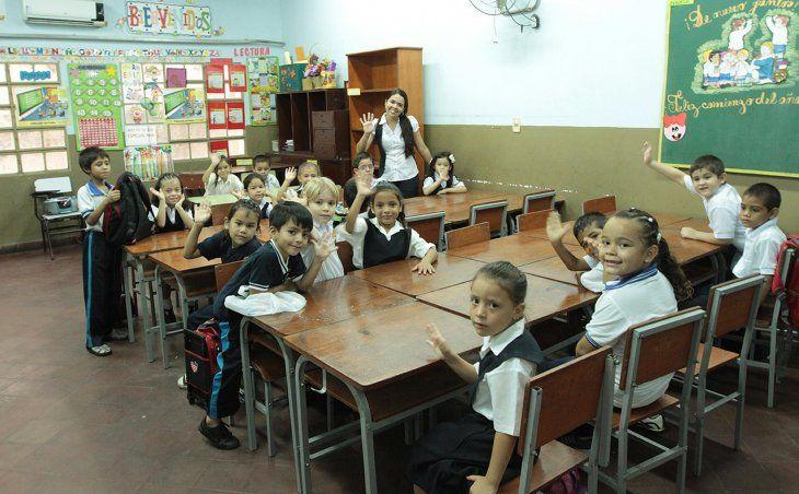 Comenzarán antes para que alumnos no pasen más tiempo sin profes.