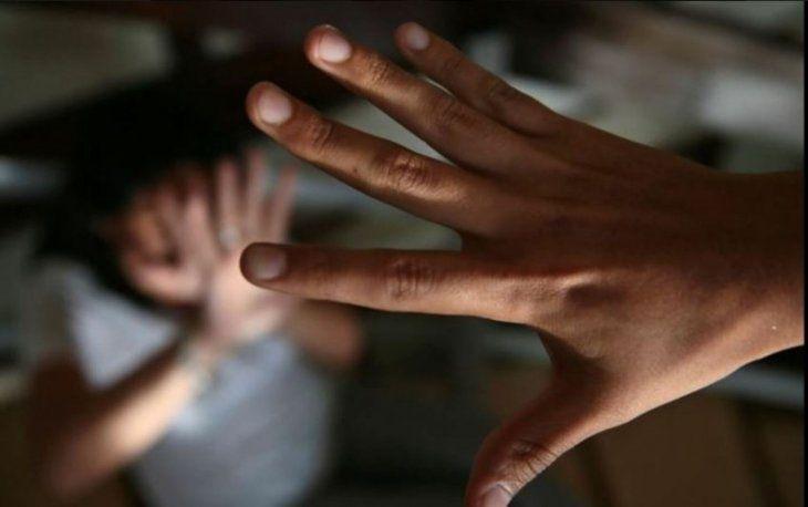 La niña trata de recuperarse del horror que le tocó vivir durante cuatro años. Imagen ilustrativa