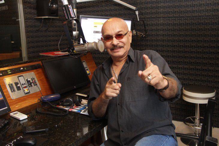 Pionero en el uso del guaraní en FM El Morrocotudo comentó que luchó durante años para introducir el guaraní en radio. Mencionó que antes el idioma más dulce estaba prohibido en las emisoras