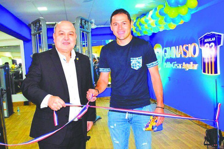 Luqueño reinauguró su gimnasio que ahora lleva el nombre de Pablo César Aguilar. Foto: Sportivo Luqueño
