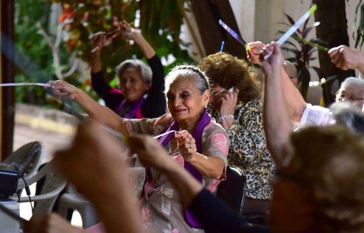 Desde Salud quieren impulsar el envejecimiento saludable
