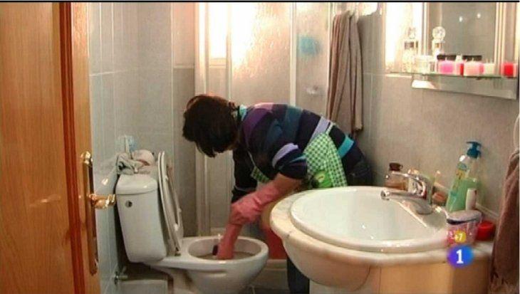 En el contrato debe figurar las tareas específicas que se comprometen a cumplir los trabajadores domésticos (foto ilustrativa).