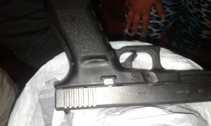 La pistola que habría utilizado Camacho.