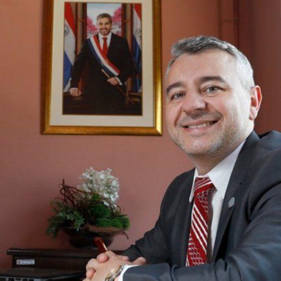 Ahijados de Maduro, peñecalma, responde asesor de Marito
