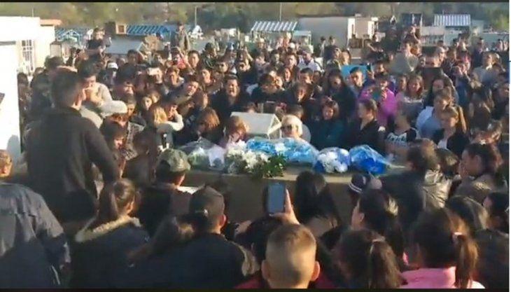 El último adiós al cantante Odilio Román. Foto: Captura de pantalla