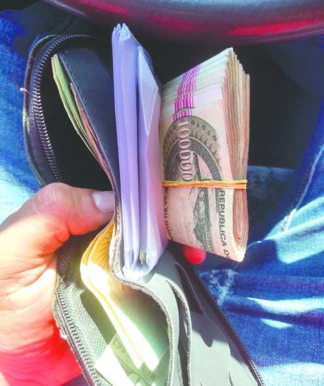 Ferretero honesto devolvió billetera con más de 6 palos