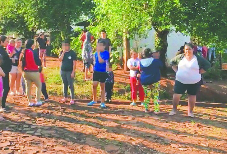 Un grupo de pobladores del barrio María Auxiliadora salió a las calles para manifestar su descontento por los tiros al aire que realizan.