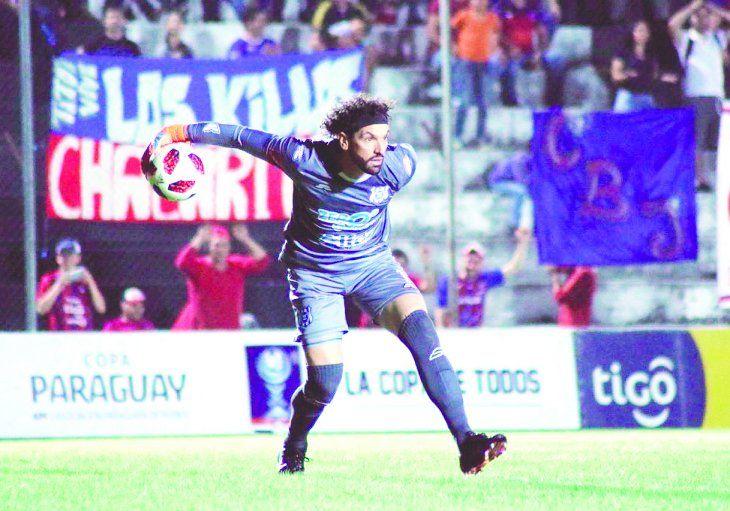 Germán Caffa se vistió de héroe en el partido y en la tanda de penales. Foto: APF