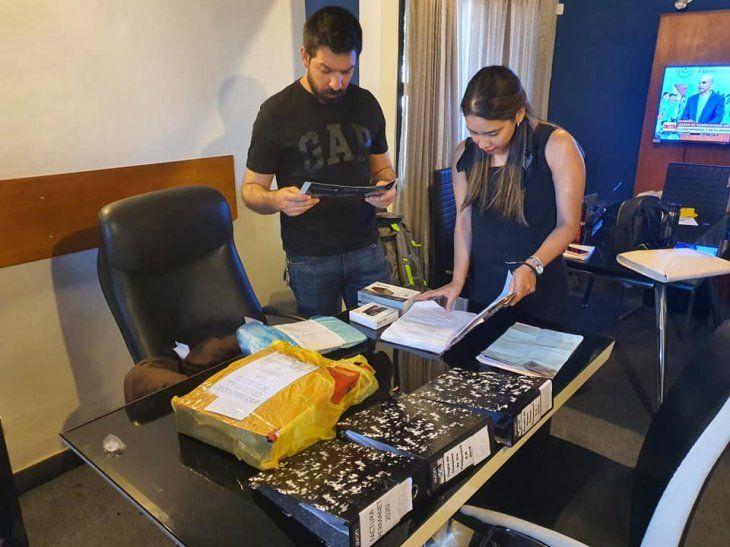 En el lugar encontraron documentos, agendas con nombres y números, libros que tenían sumas y restas.