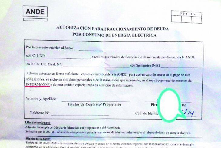 El usuario firma y autoriza a la ANDE enviar datos a Informconf