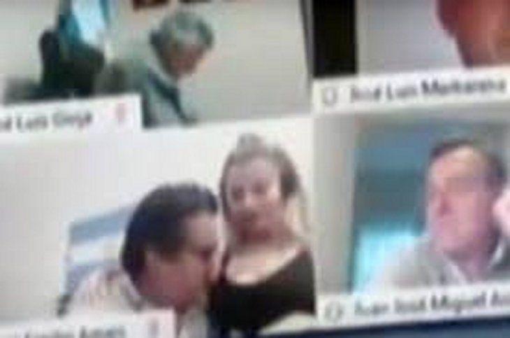 Diputado besa el pecho a una mujer en medio de sesión virtual | Argentina,  escándalo