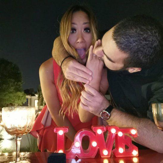 Campanas de boda: Yota y Chipi, ¡comprometidos!