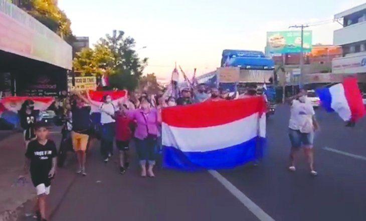 Algunos de los manifestantes marcharon de forma pacífica.