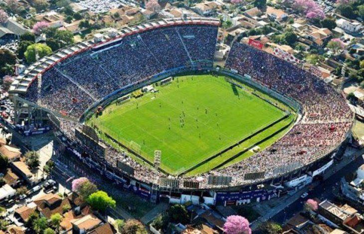 Se espera que el partido de Cerro ante el Guma ya pueda ser con presencia de público en las gradas.